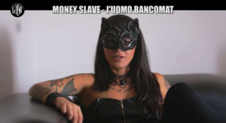 Money Slave – l'Uomo Bancomat